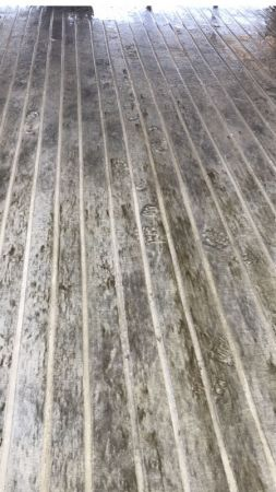 straight cut concrete grooves