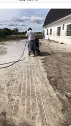 straight grooves walkway to parlor